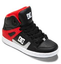 boy s 4 7 rebound high top shoes 302676a dc shoes