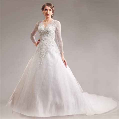 Clearance Wedding Dresses by Clearance Bridal Gowns