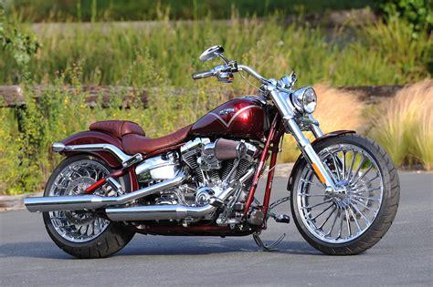 Motorrad Kennzeichenhalter Größe by Harley Davidson Rumored To Stop Shipping The Cvo Breakout