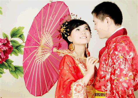 Wedding China by Wedding Traditions Door And Dressing Code