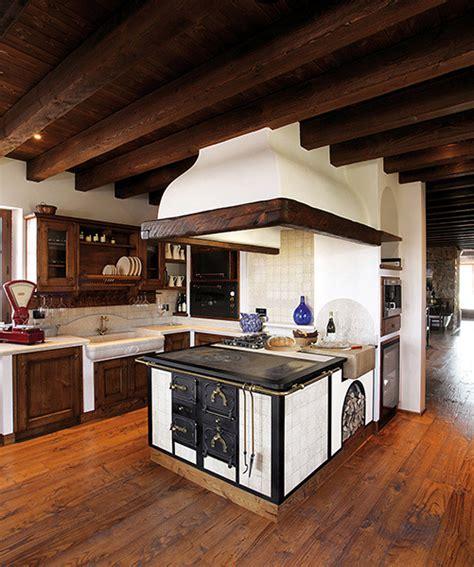 cappe da cucina rustiche cappe cucine rustiche interesting cappe cucine rustiche