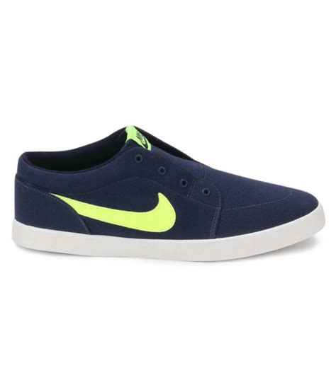 casual nike sneakers nike sneakers blue casual shoes buy nike sneakers blue
