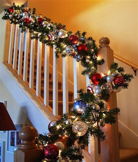 banister garland oh wow a new look for my christmas