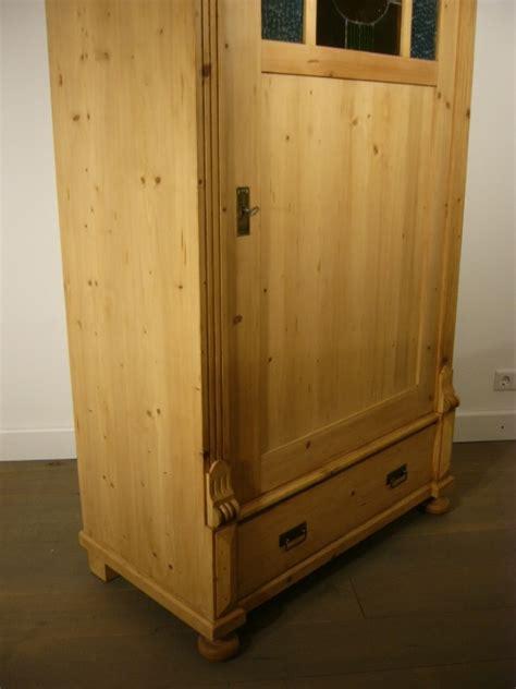 schrank um 1900 schrank 1 t 252 rig antik weichholz bleiglas um 1900 jhd