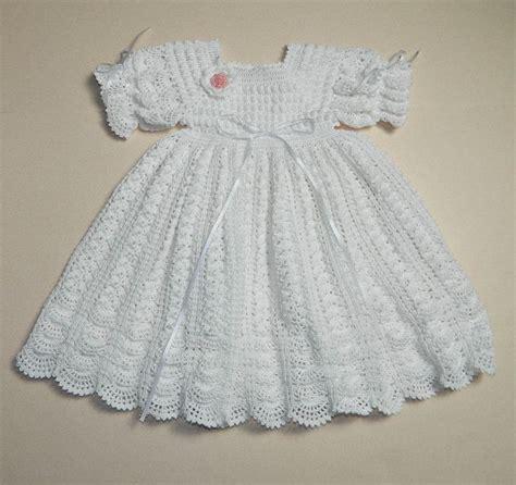 victoriancrochetlacefreepatterns christening crochet