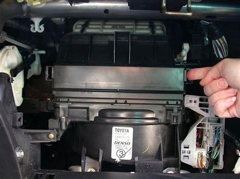 Filter Kabin Toyota Rav4 Como Trocar Os Filtros De Ar Da Cabine De Um Toyota
