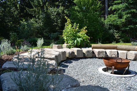 Feuerstelle Im Garten Bilder by Feuerstelle Bilder Und Fotos Garten