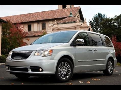 Who Started Chrysler 2015 Chrysler Town And Country Start Up And Review 3 6 L