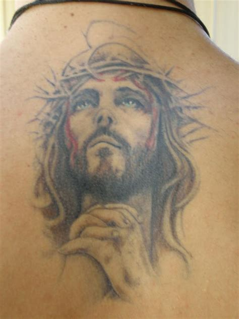 21 Incredible Religious Tattoo Images And Designs Jesus With Thorns Tattoos