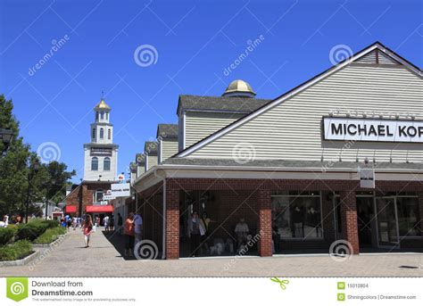lighting stores woodbury woodbury common premium outlets editorial stock image