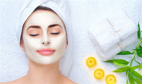 diy mask to clear skin this diy green tea mask will give you clear skin