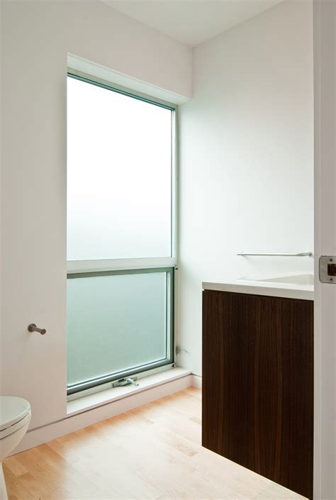 Modern Aluminum Windows by BUILD LLC