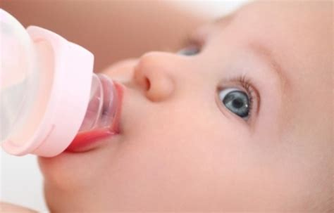 toddler tuesday taking away your child s security 5 ways to wean your child from bottle feeding