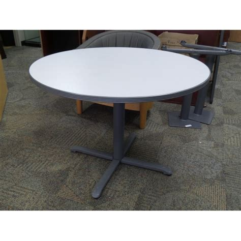 Grey Meeting Table Haworth 42 In Grey Laminate Meeting Table W Rubber Trim Allsold Ca Buy Sell Used