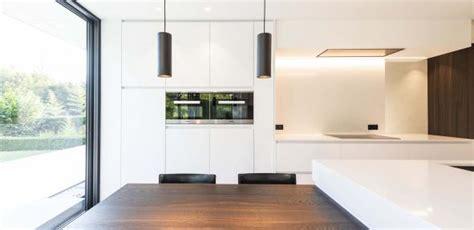van den bossche keukens witte strakke keuken en badkamer van den bossche keuken