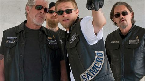 hamlet themes in sons of anarchy sons of anarchy is hamlet in black leather rolling stone