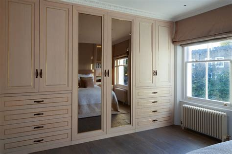 Gooding Wardrobes - west townhouse bedroom by interior