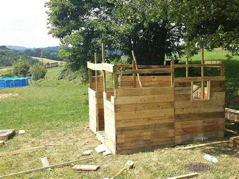 Cabin Out Of Pallets by Cabin Out Of Pallets Shed Or House