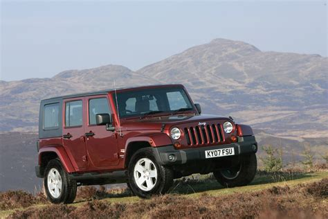 How Much Does A Jeep Wrangler Cost Jeep Wrangler Hardtop Review 2007 Parkers