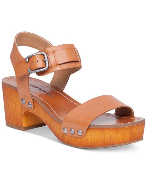clogs sandals for lyst lucky brand s hannela clogs in brown