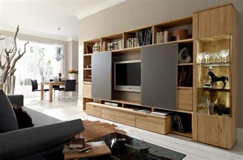 wohnwand mit verstecktem fernseher wohnwand ideen die wohnwand und praktisch
