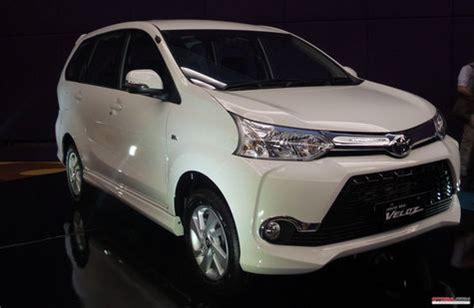 Jas Mobil Avanza Avanza Dominasi Penjualan Mobil Toyota Di Jas 2015