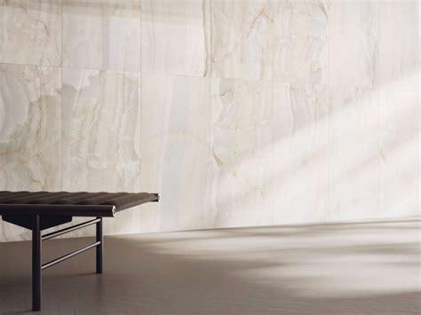 pavimenti in onice pavimento rivestimento in gres porcellanato effetto marmo