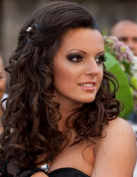 34 romantic country wedding hairstyles ideas magment 34 romantic curly wedding hairstyles ideas magment