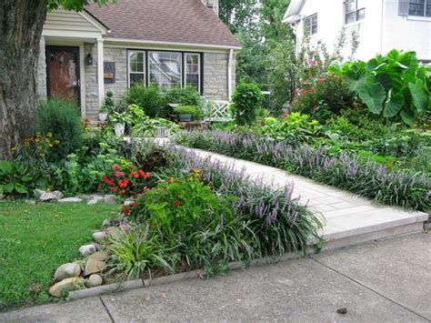 Sidewalk Garden Ideas Rosie Matt S Renovation House Call