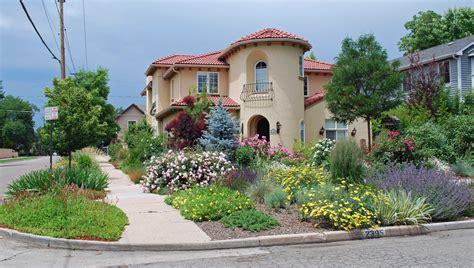 design house free no the art garden garden designers roundtable lawn alternatives