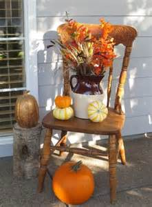 Planters For Front Porch by 85 Pretty Autumn Porch D 233 Cor Ideas Digsdigs
