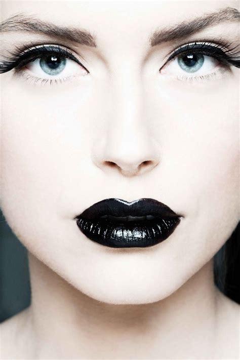 Eyeliner White white porcelain skin black makeup hair