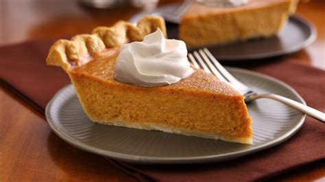 easiest ever thanksgiving pies from pillsbury com