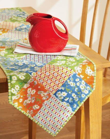 Free Quilt Patterns Table Runner by Free Table Runner Patterns Allpeoplequilt