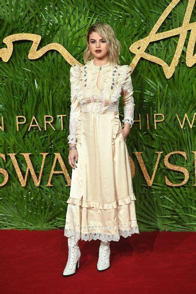 Fashion Awardsthe After by Selena Gomez Fashion Awards 2017 Vogue