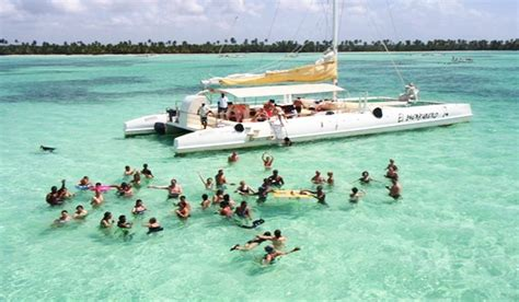 excursion en catamaran punta cana saona on catamaran