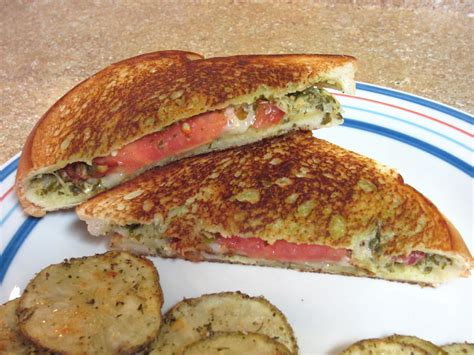 Link Mozzarella And Pesto Grilled Cheese by Pesto Mozzarella Tomato Grilled Cheese To Be In