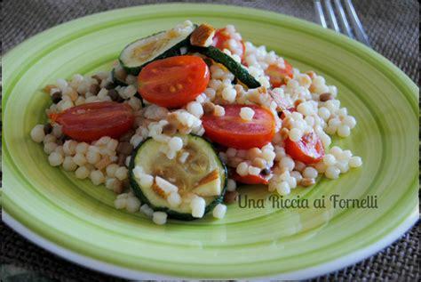 come si cucina la fregola fregola sarda con zucchine e pomodori come cucinare la