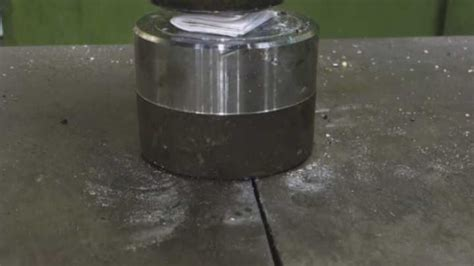 Can You Fold A Paper More Than 7 Times - what happens when you use a hydraulic press to try