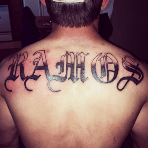 last name tattoo on back last name my tatts