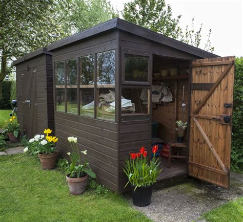 how to build a she shed how to make your own she shed