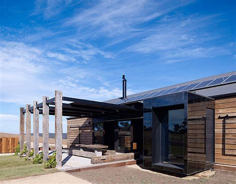 hill plains house melbourne australia sustainable eco