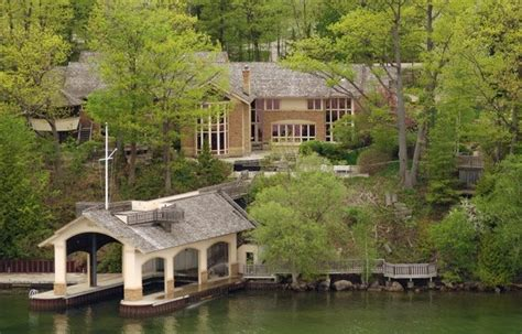 Cottage Of The Week 3 5 Million For A Country Estate Cottages For Sale On Lake Simcoe