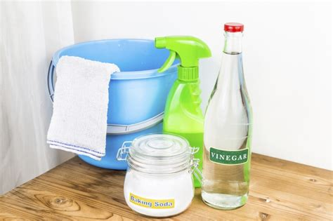 vinegar baking soda bathroom cleaner how to clean your shower head easily and effectively