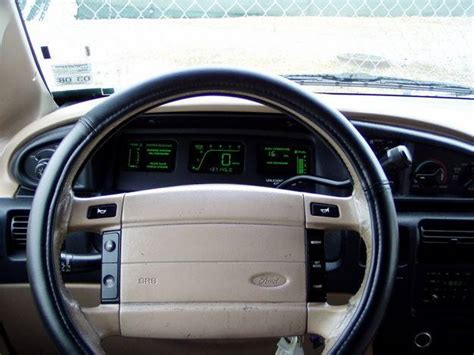 Ford Aerostar Interior by 96 Ford Explorer Fuel Relay Location Get Free Image
