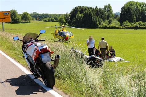 Motorradunfall 4 Juni 2015 by Motorradfahrer Nach Sturz Bei Illingen Schwer Verletzt