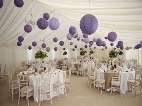 Decorating round tables, purple and silver table