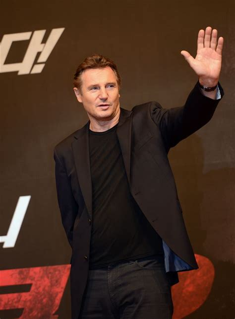 film baru liam neeson liam neeson to play gen macarthur in korean war film
