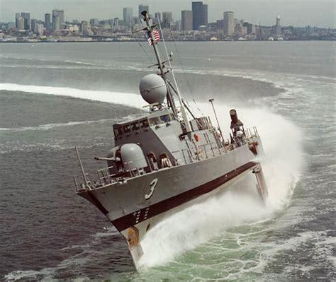 hydrofoil behind boat navy matters pegasus class hydrofoils