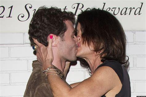 celebrity best kiss celebrities kissing best worst celebrity kisses of 2012